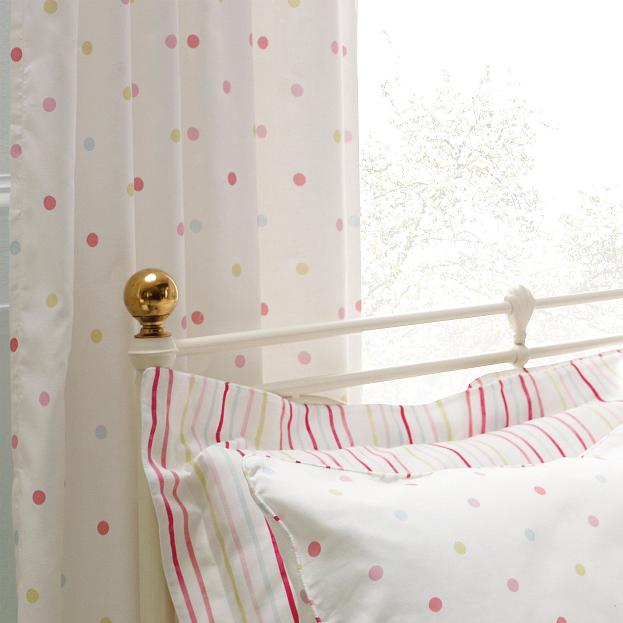 Rose and Ellis Cotes Collection Thermal Eyelet Curtains