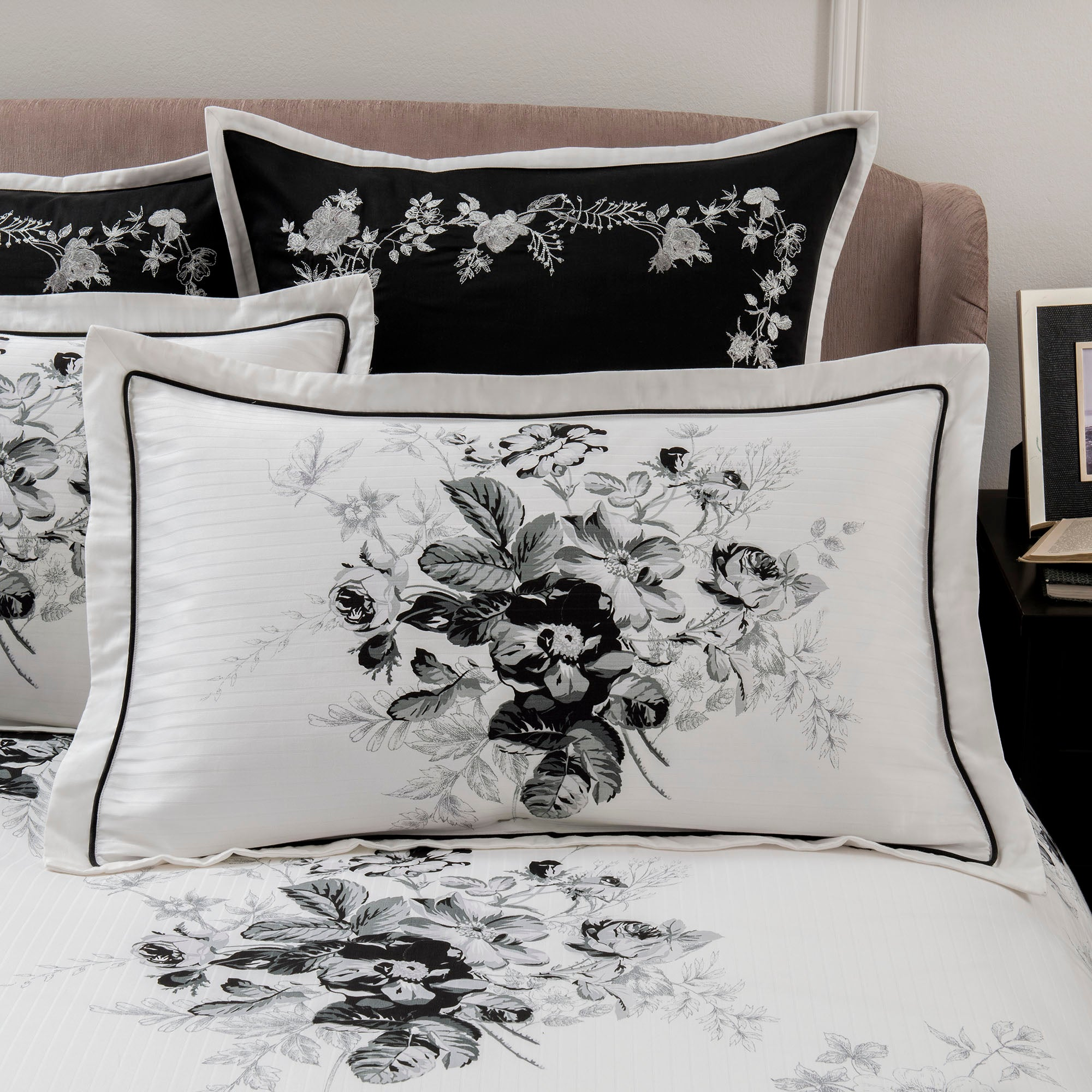 Dorma Black and White Gardenia Collection Oxford Pillowcase