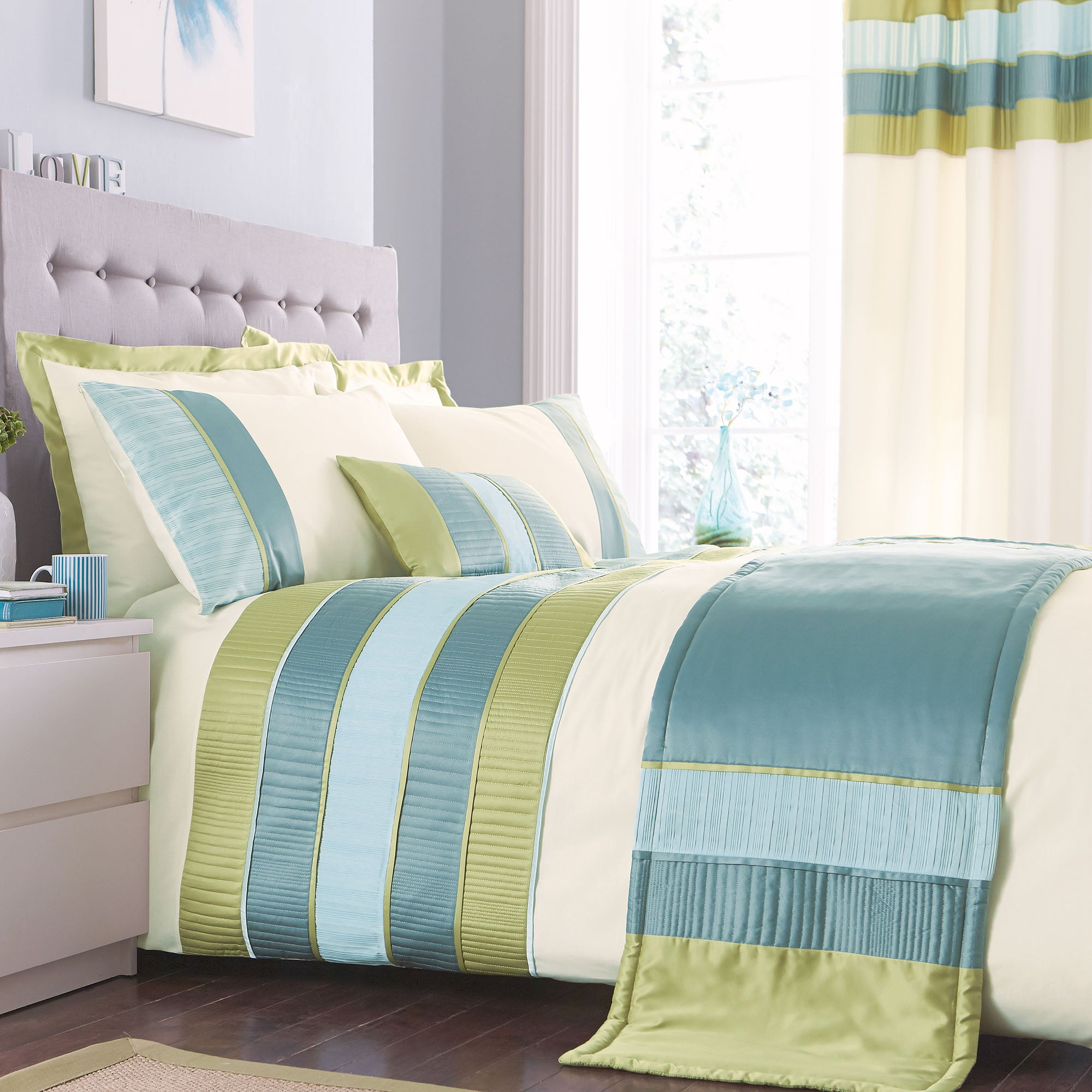 Teal Clermont Collection Duvet Cover