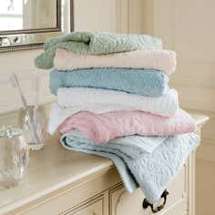 Dorma Sculptured Hand Towel