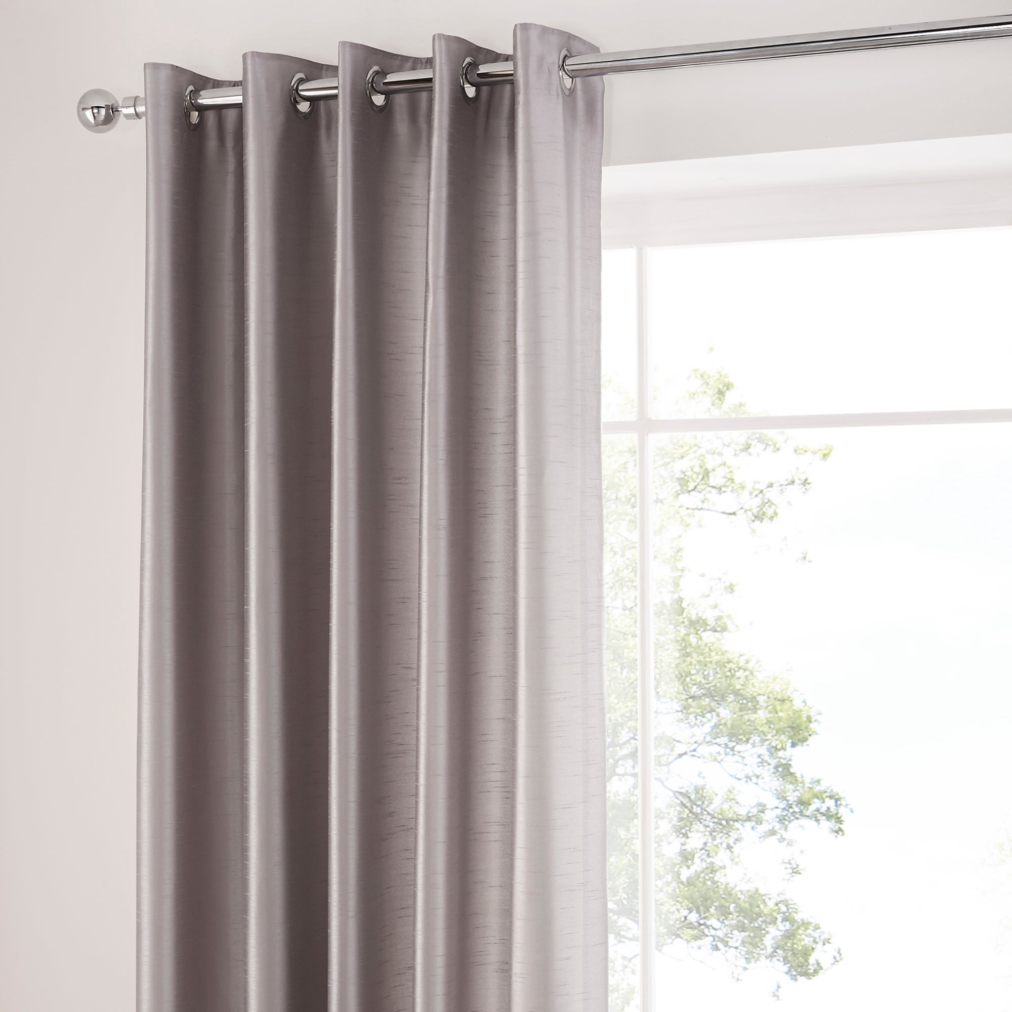 Silver Amber Thermal Eyelet Curtains