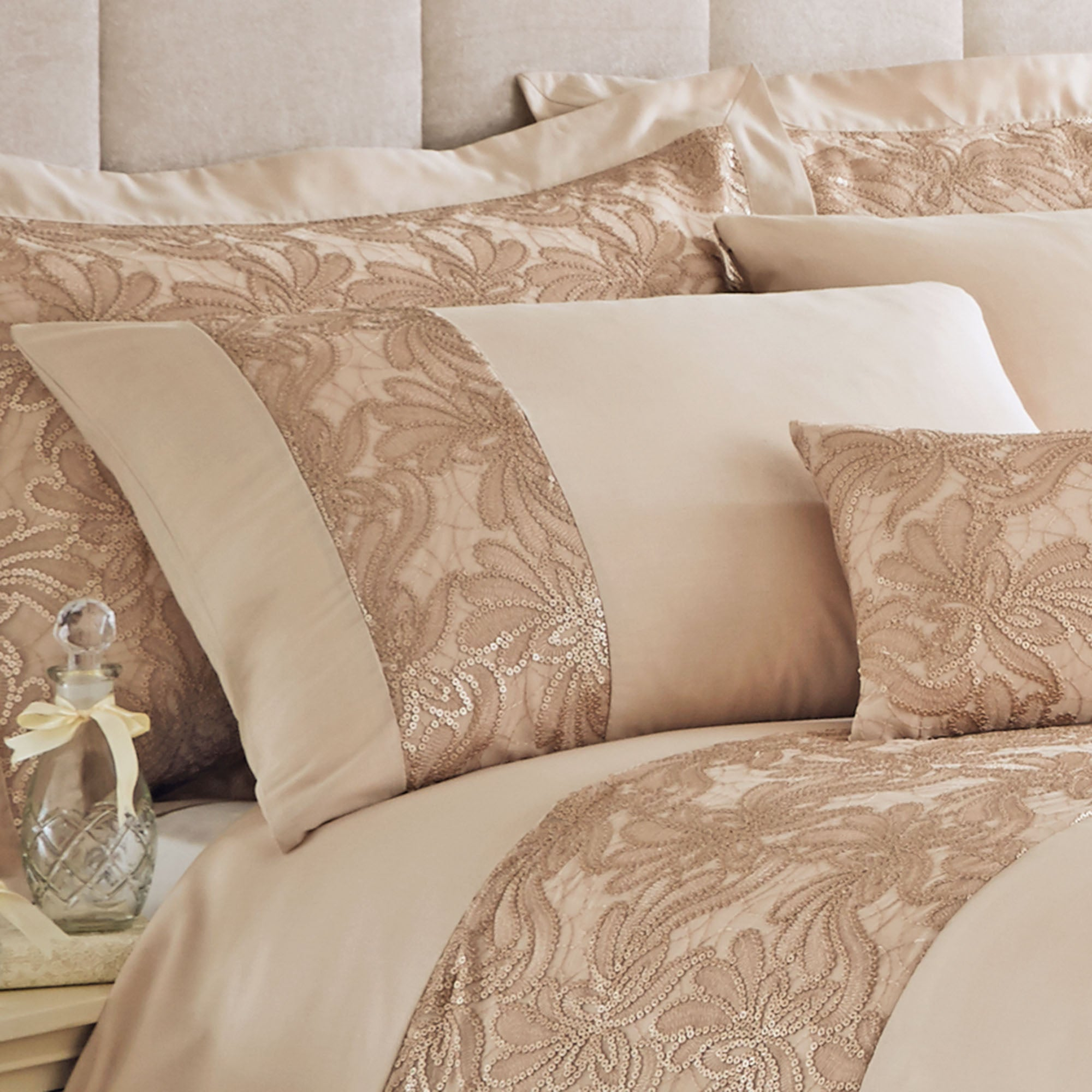 Gold Zetta Collection Housewife Pillowcase