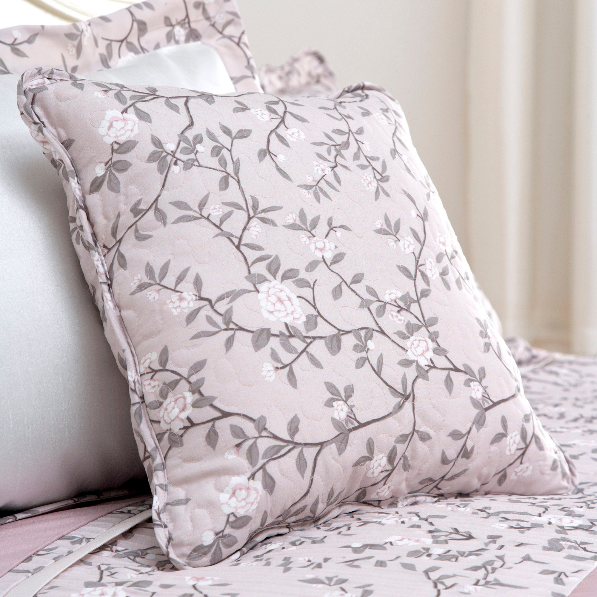 Dusky Pink Chinoiserie Collection Cushion
