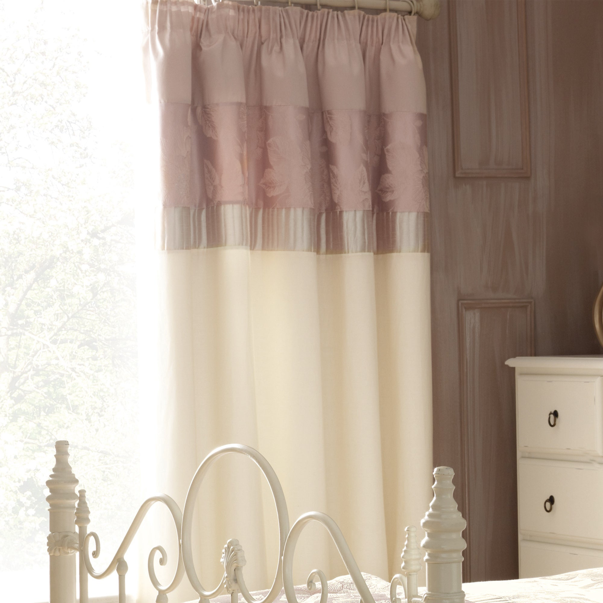 Pink Olivia Thermal Pencil Pleat Curtains