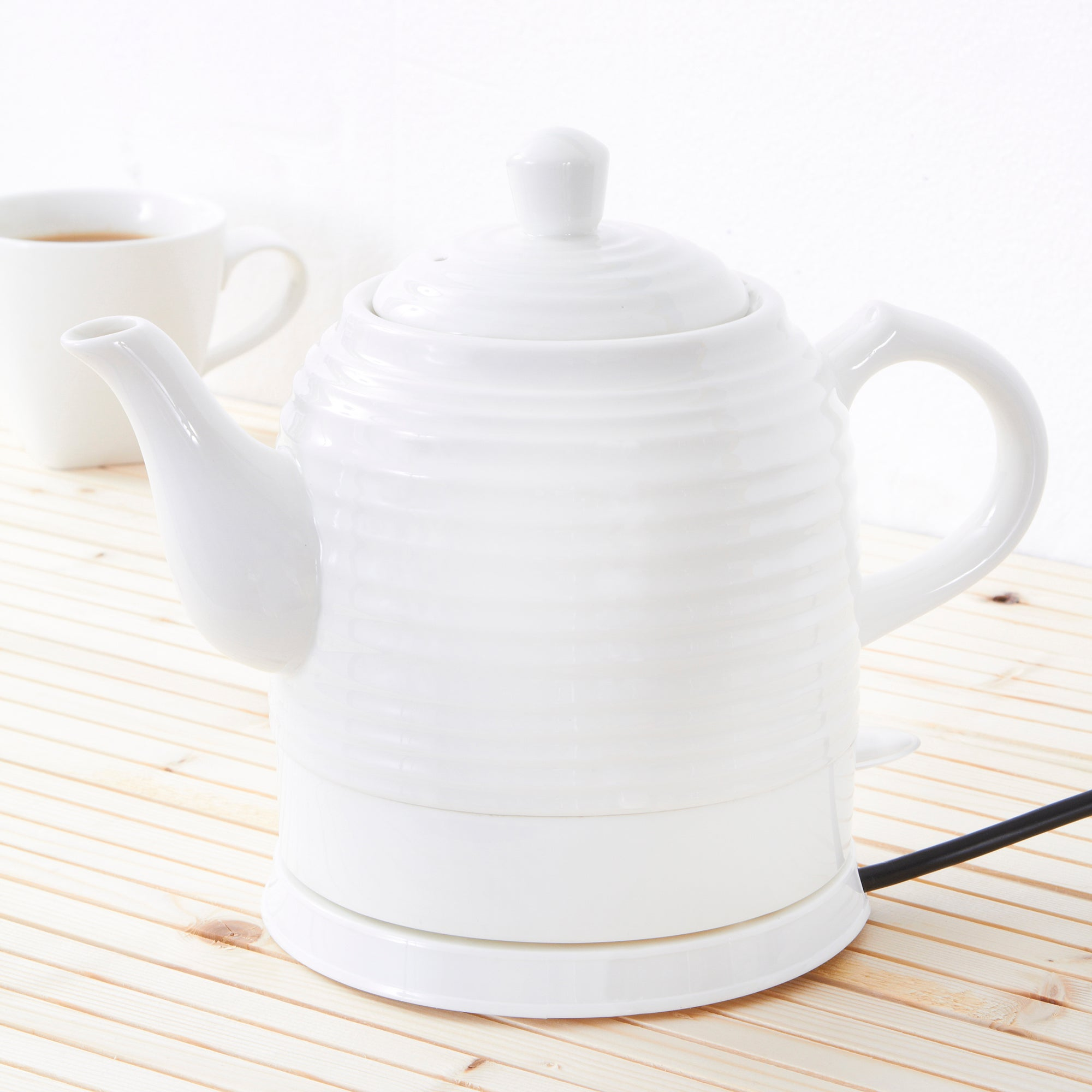 Vintage White Ripple Ceramic Kettle