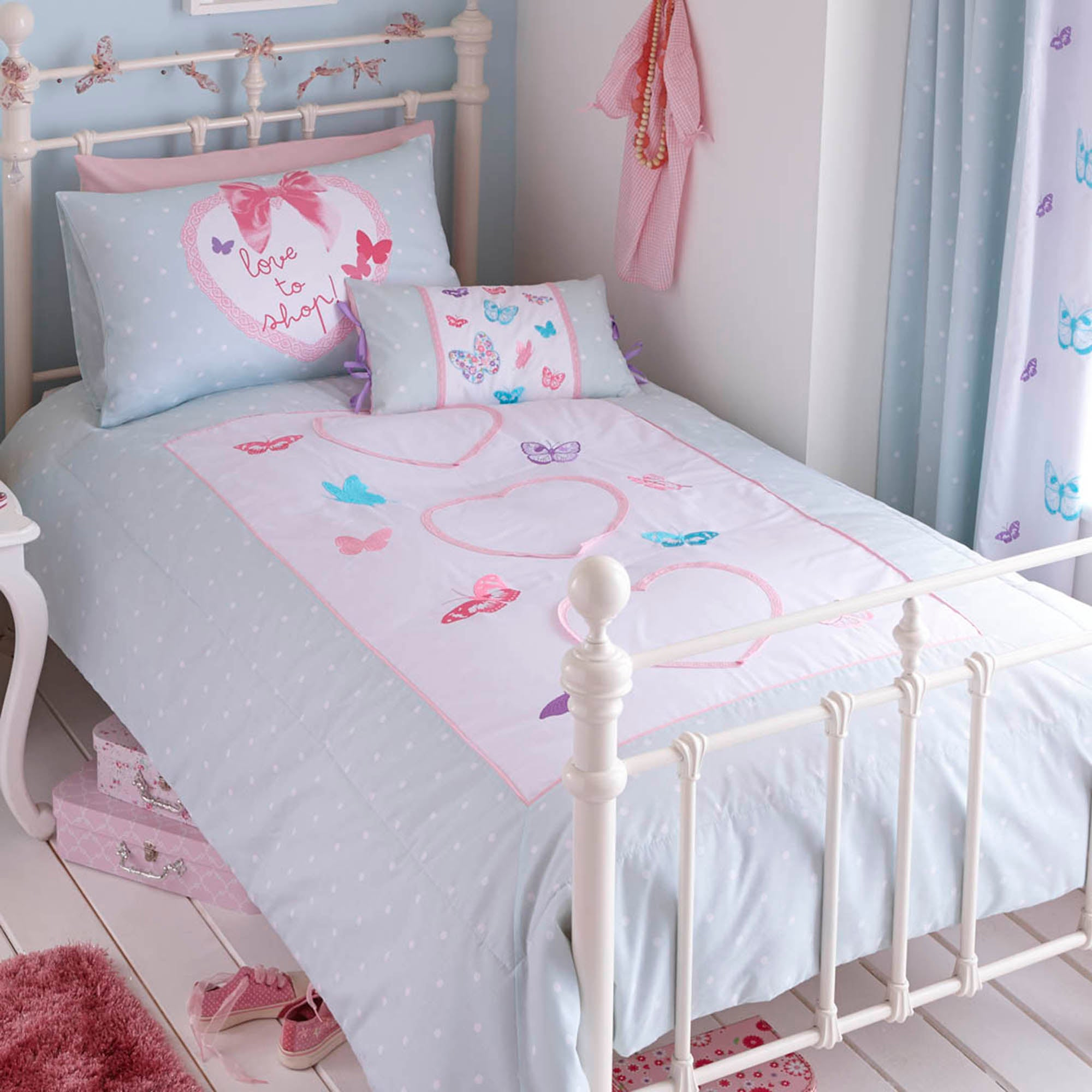 Kids Love To Shop Collection Bedspread