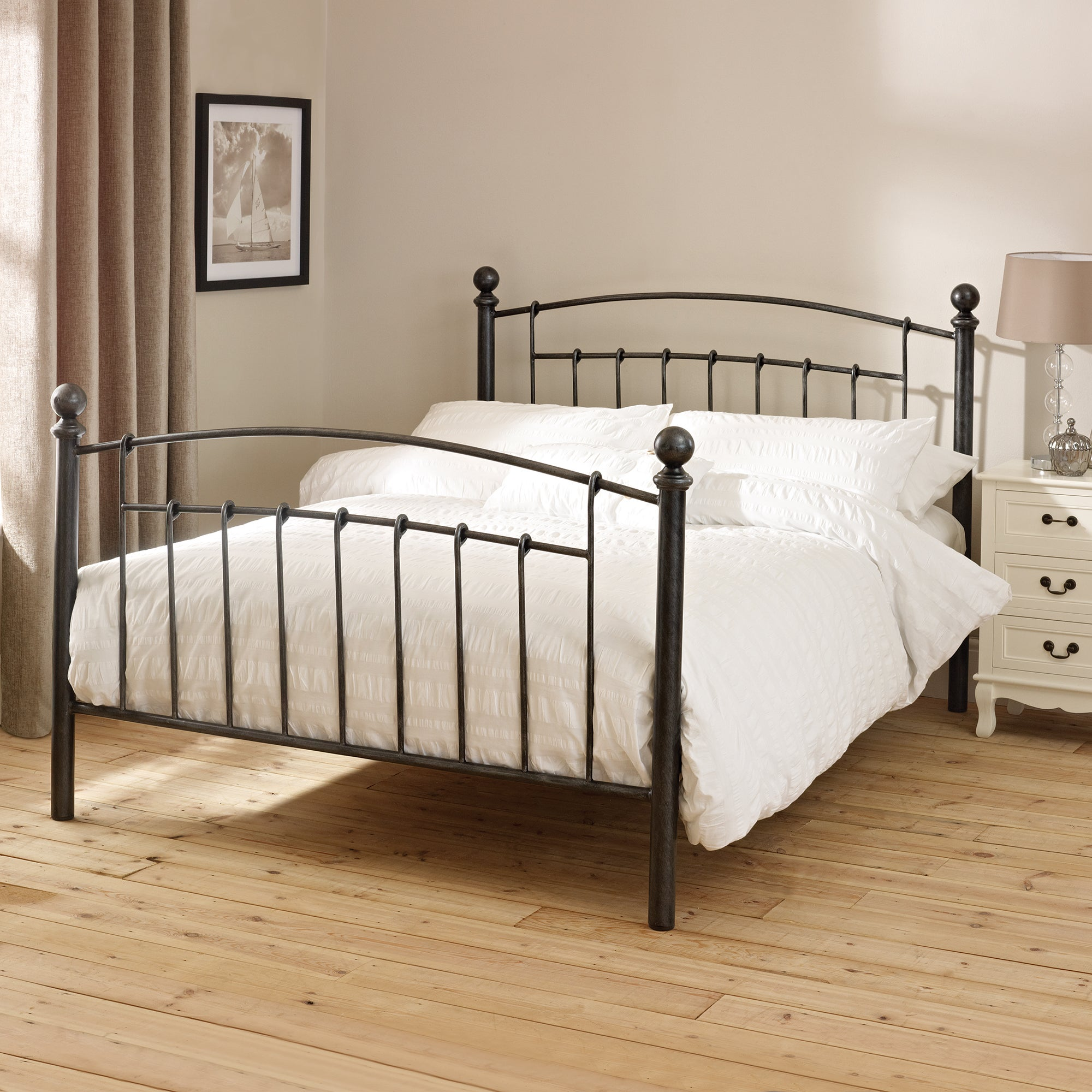 Middleton Black Double Bedstead
