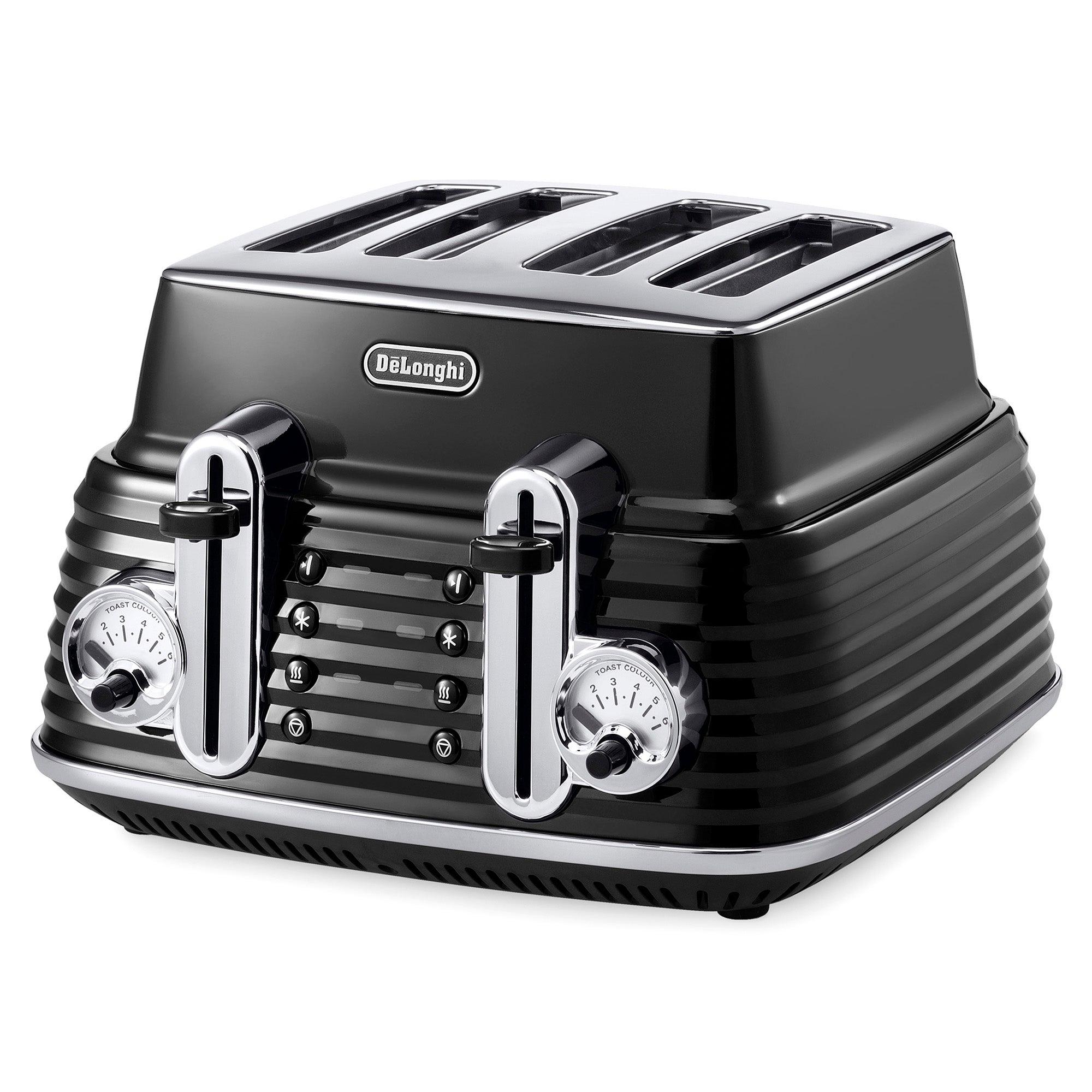 DeLonghi Scultura Black Toaster