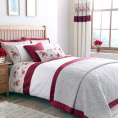 Red Country Rose Collection Duvet Cover