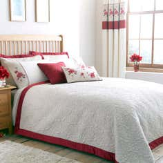 Red Country Rose Collection Bedspread
