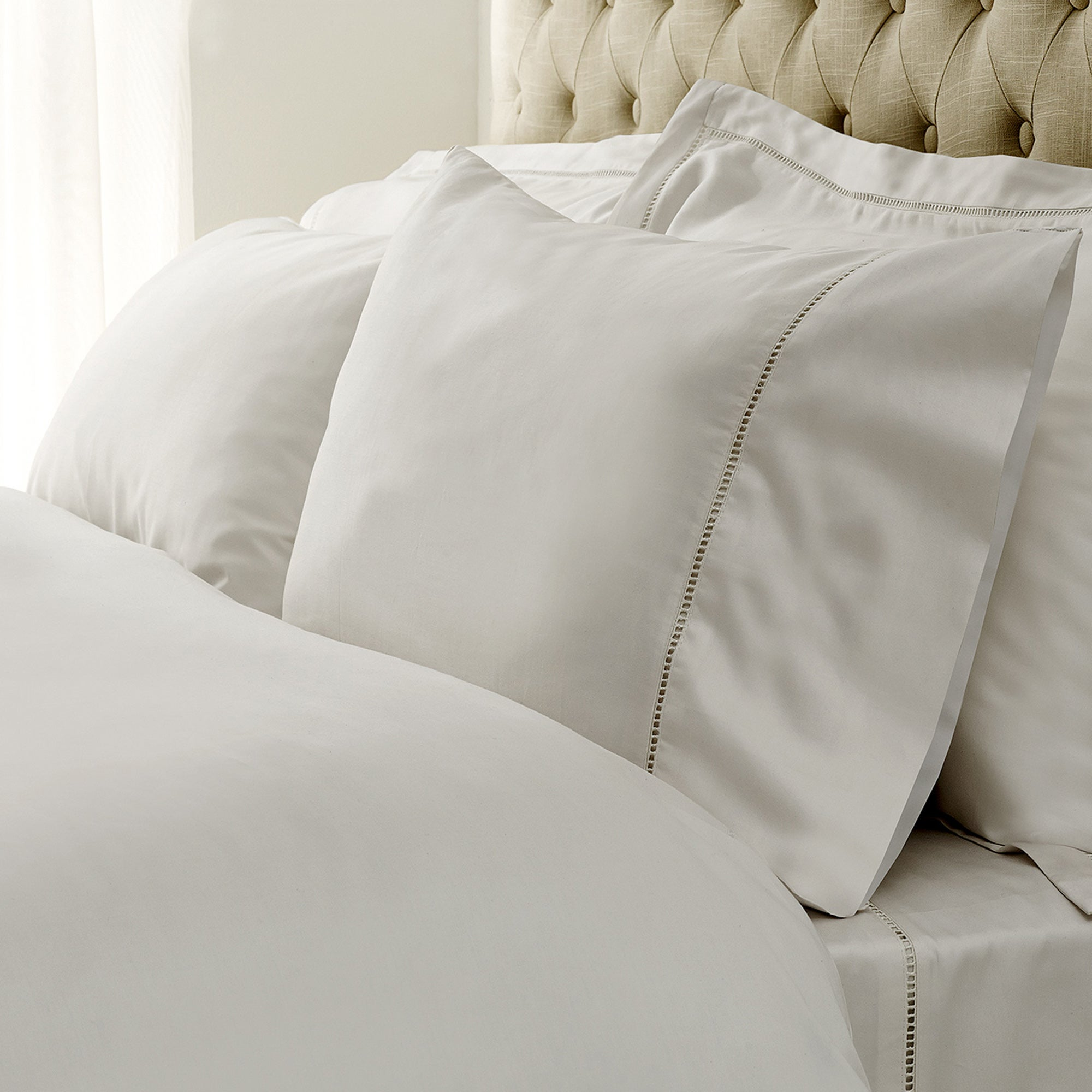White Hotel Amersham Collection Cuffed Pillowcase