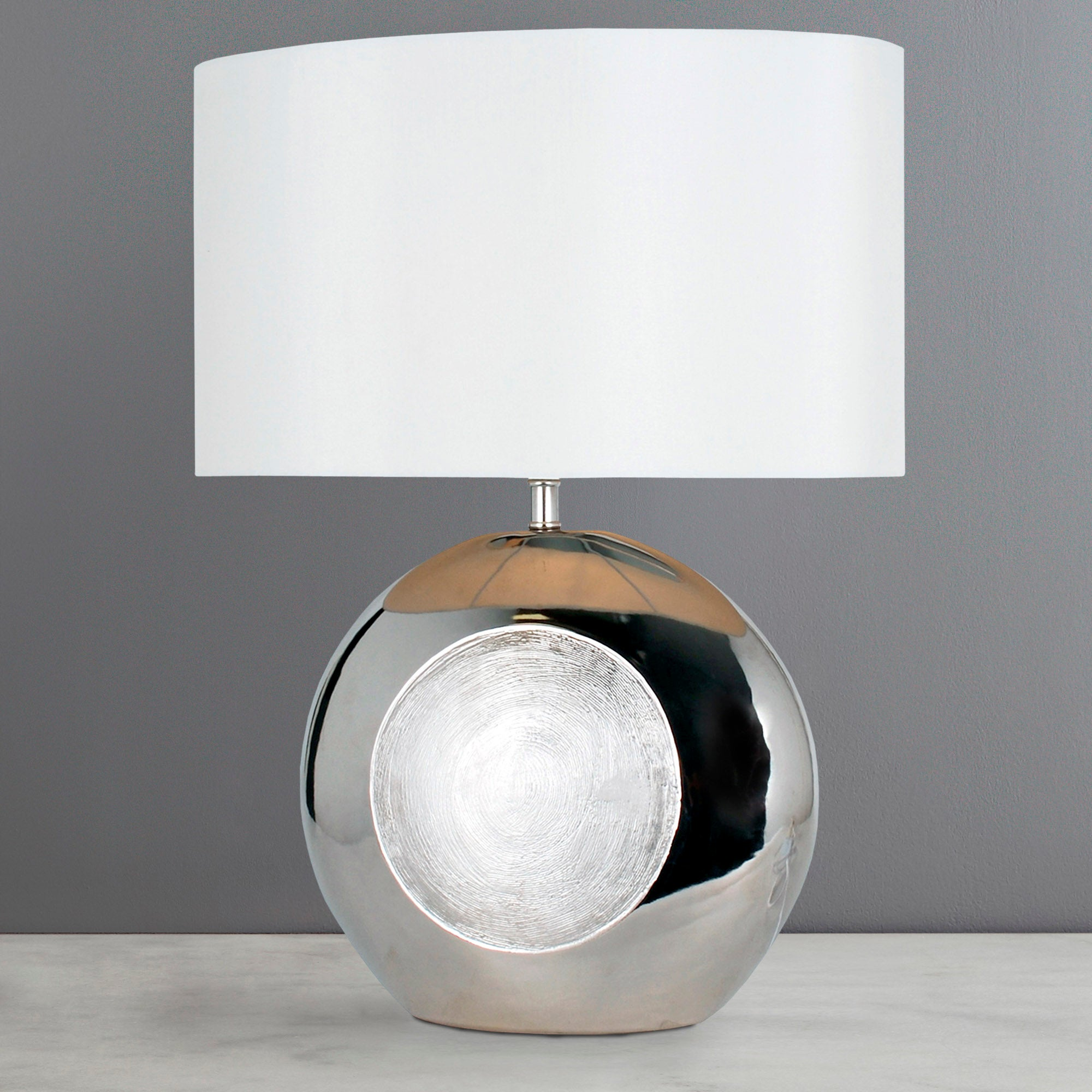 Lustre Chrome Ceramic Table Lamp