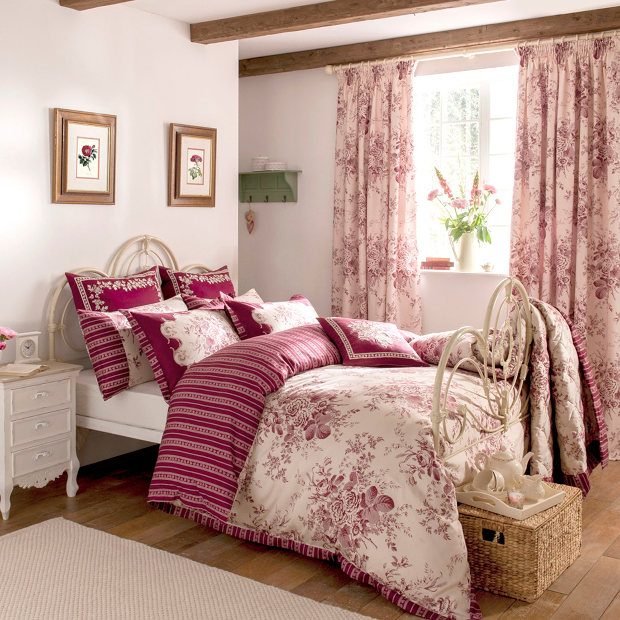 Dorma Red Willoughby Collection Duvet Cover