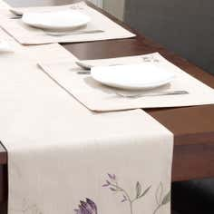 Plum Amelia Collection Set of 2 Placemats