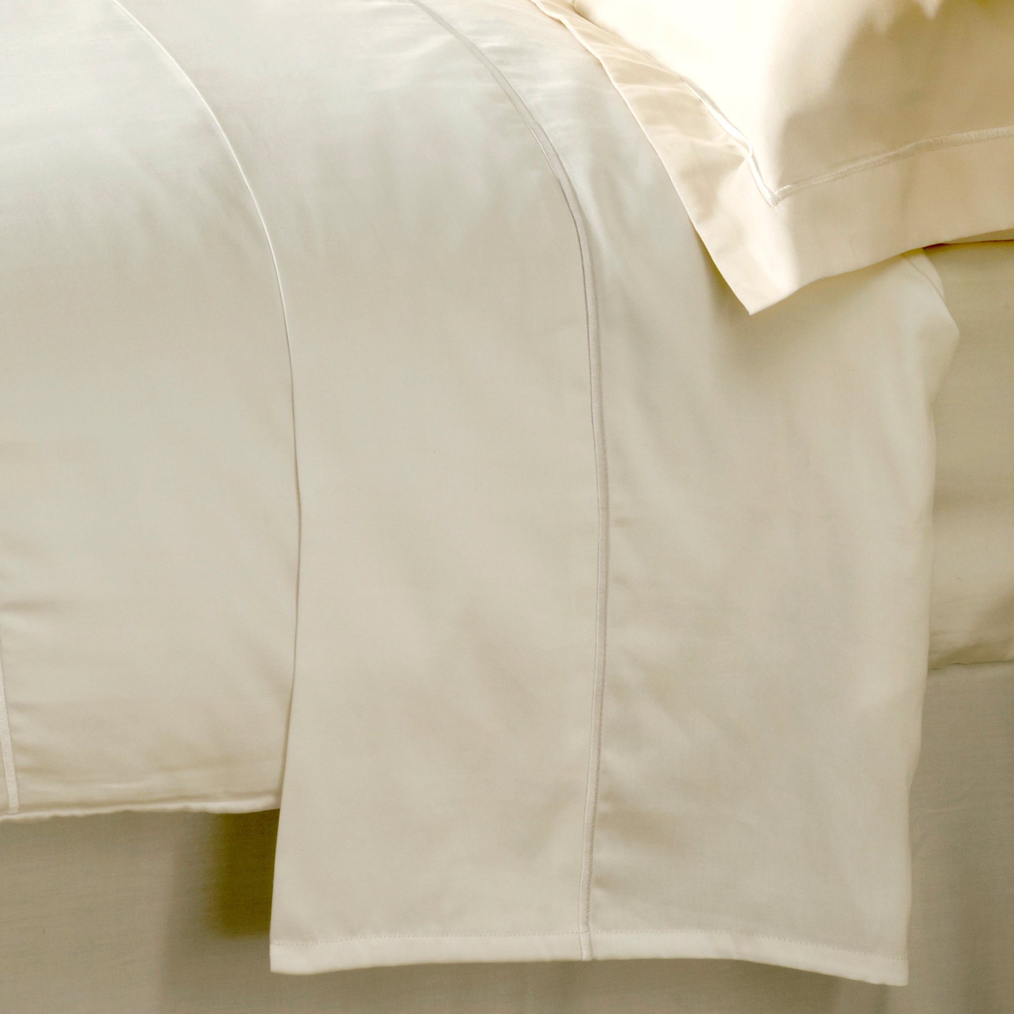 Hotel Cream Chelsea 400 Thread Count Collection Flat Sheet