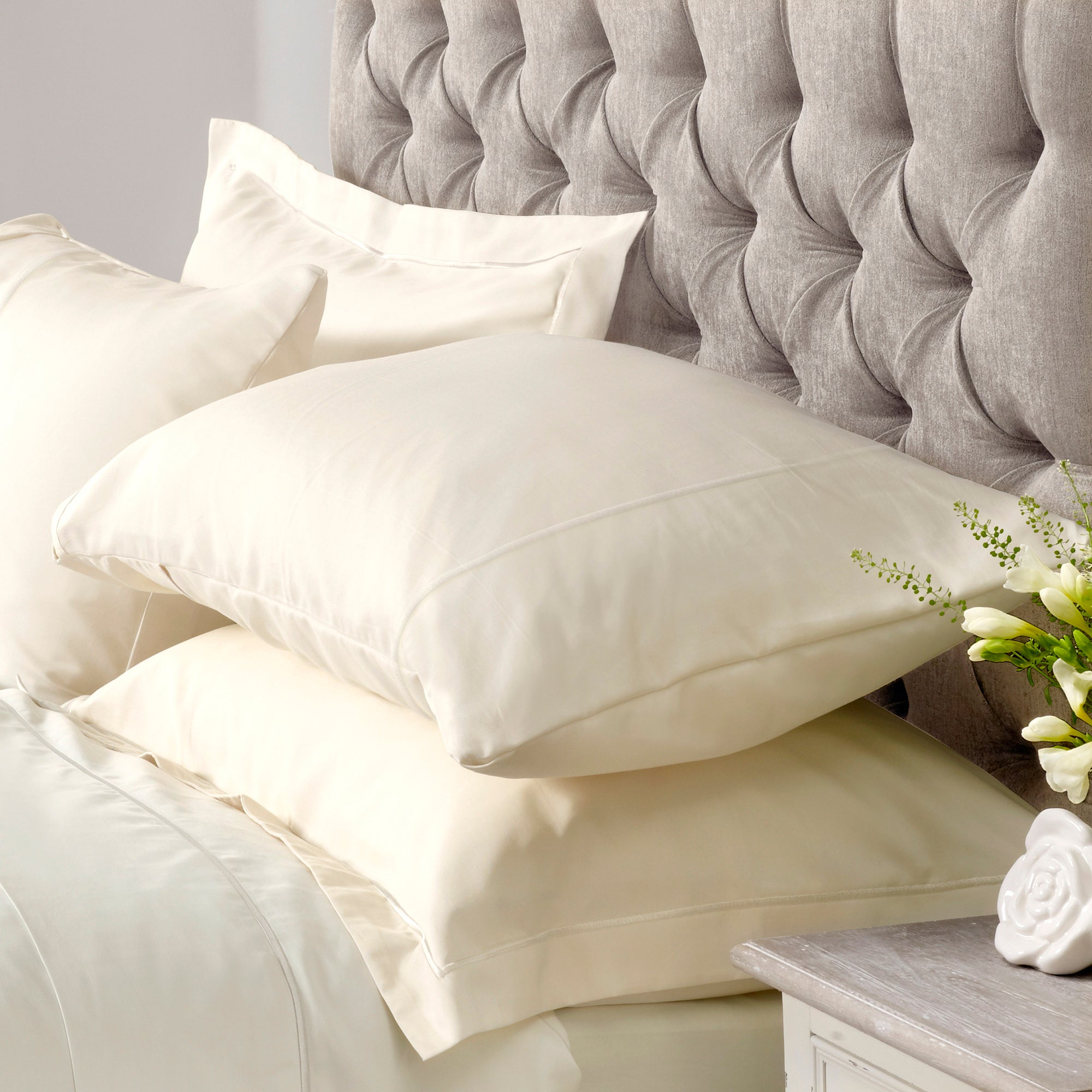 Hotel Cream Chelsea 400 Thread Count Collection Oxford Pillowcase