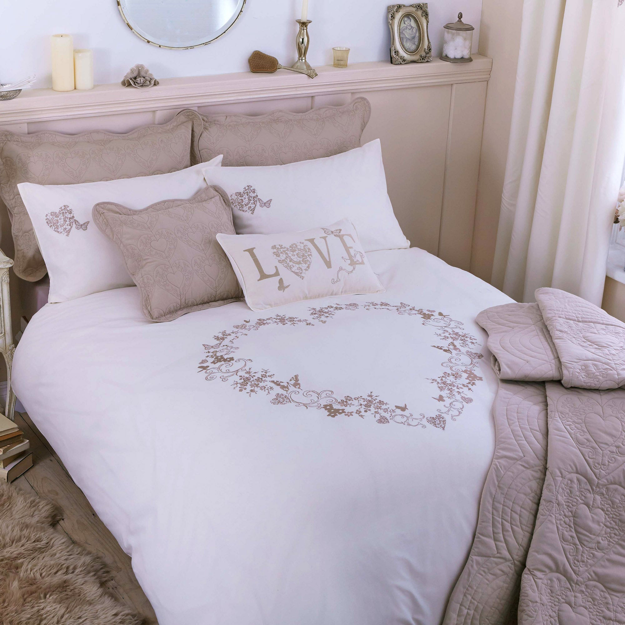 Cream Parisian Collection Duvet Cover