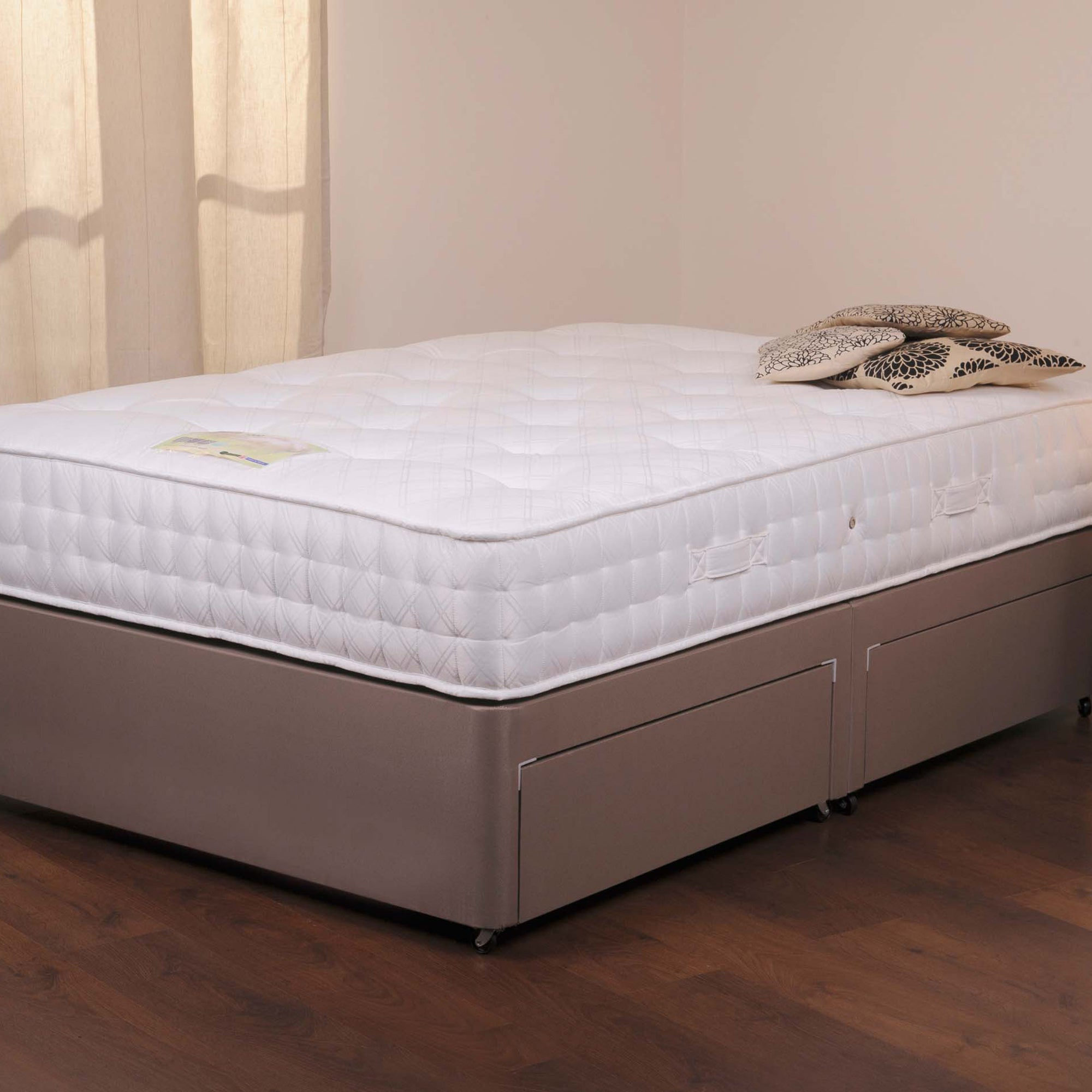Belvoir Sprung Edge Divan Set with Four Drawers