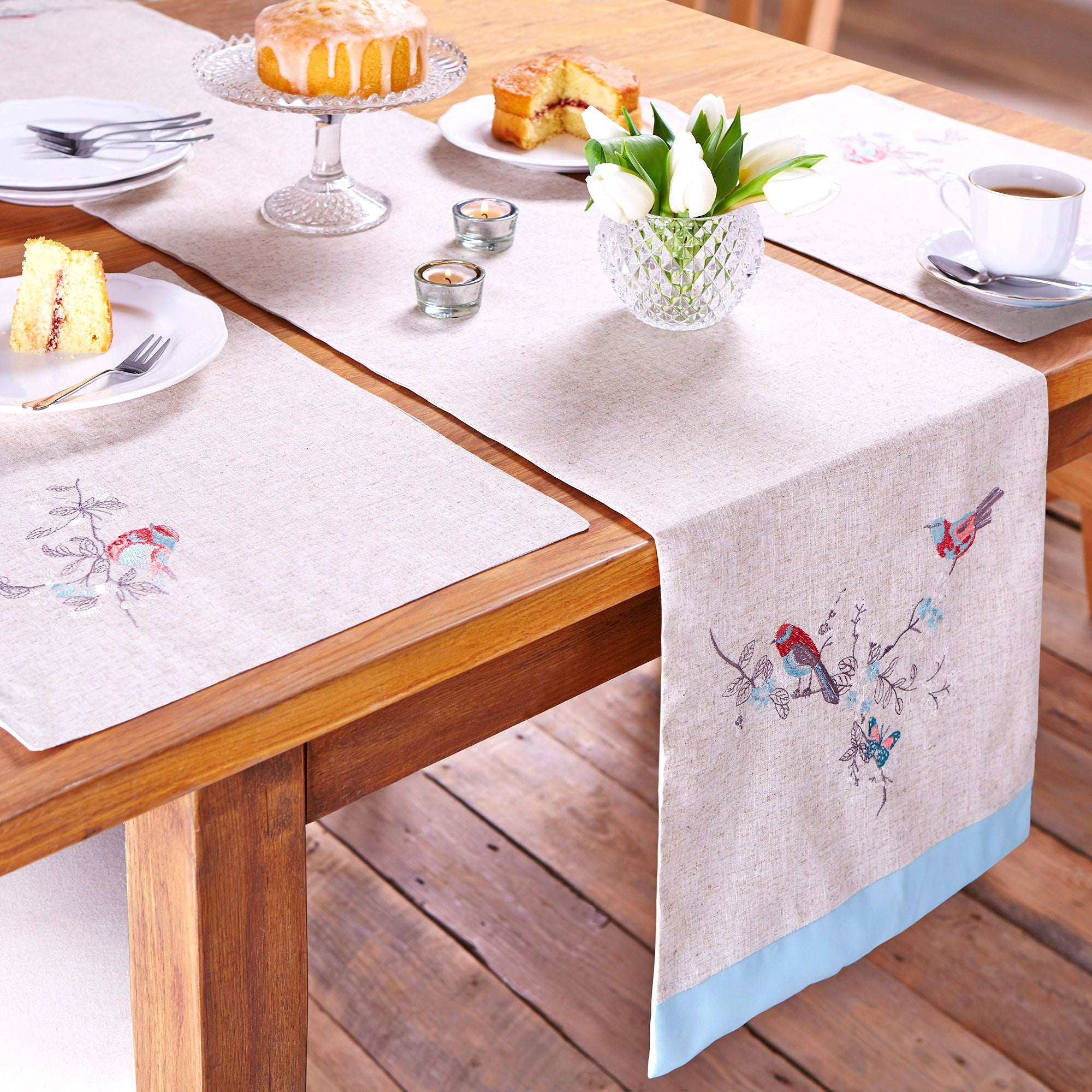 Beautiful Birds Collection Table Runner