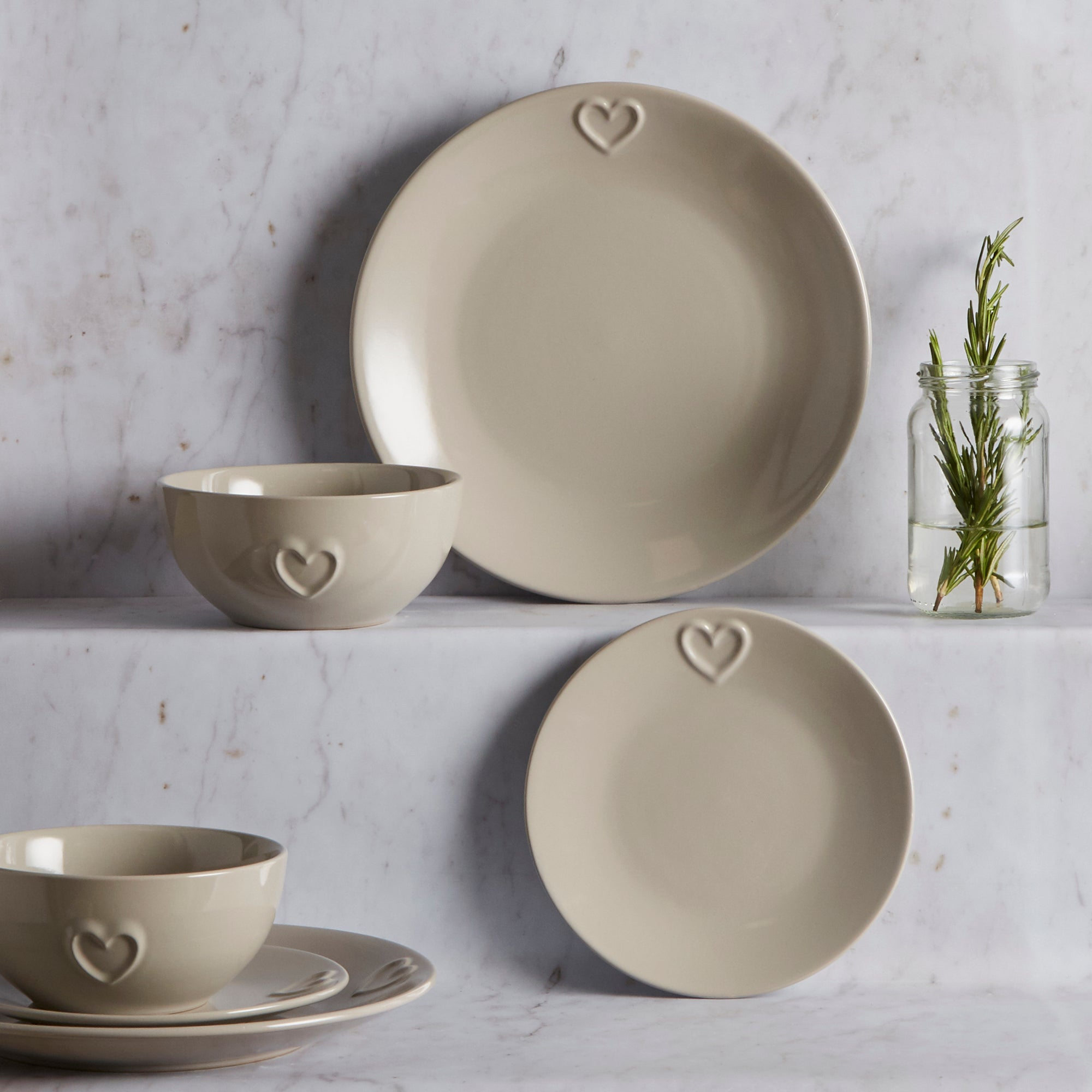 Taupe Country Heart Collection 12 Piece Dinner Set