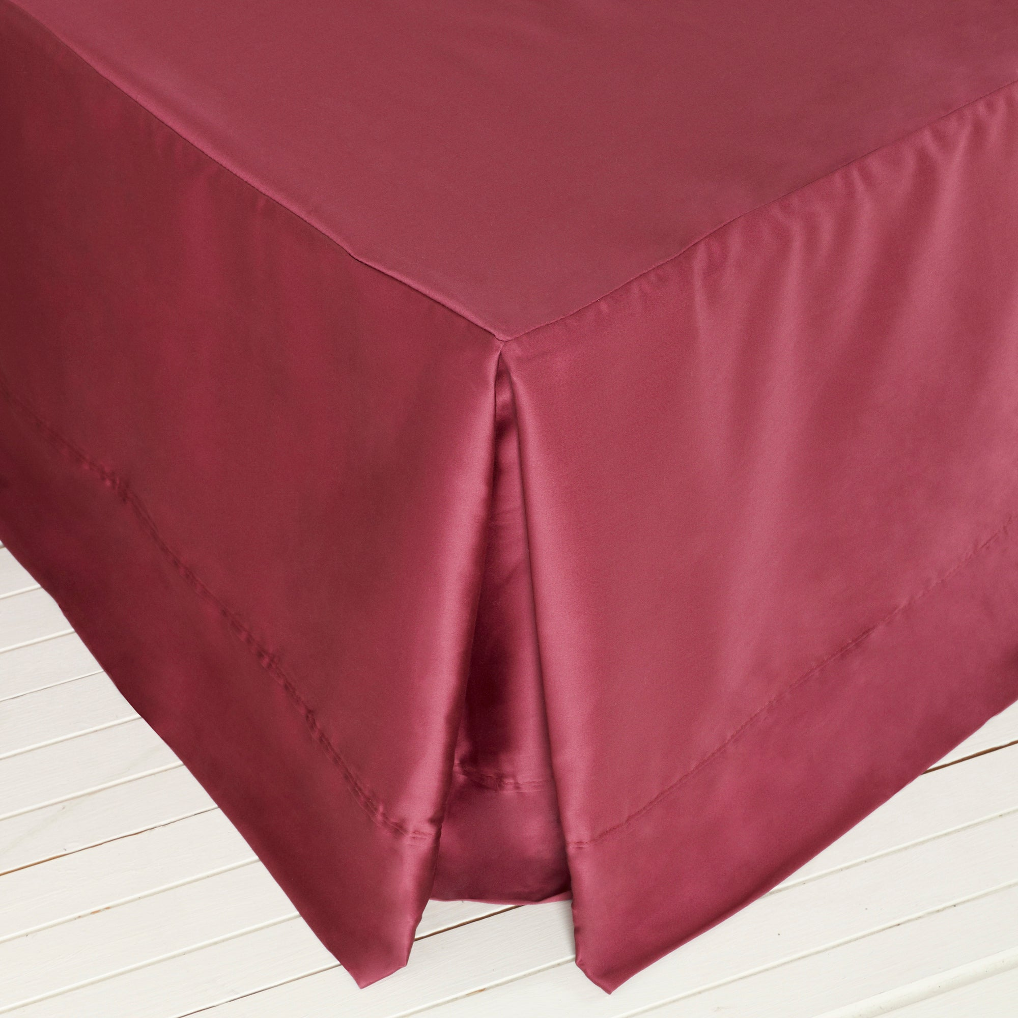 Dorma 350 Thread Count Plain Dye Collection Red Valance