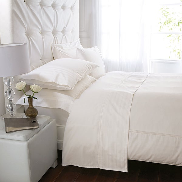 Cream Hotel Stripe 300 Thread Count Bedlinen Collection