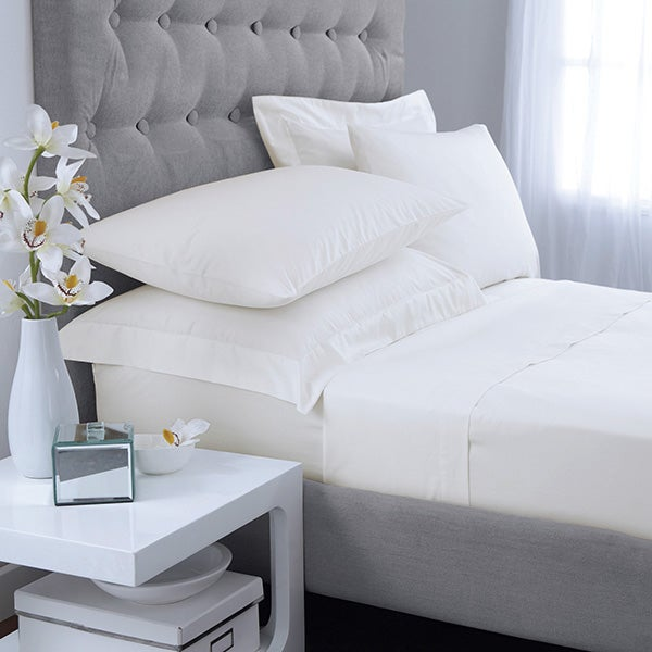 White Hotel Plain 300 Thread Count Bedlinen Collection