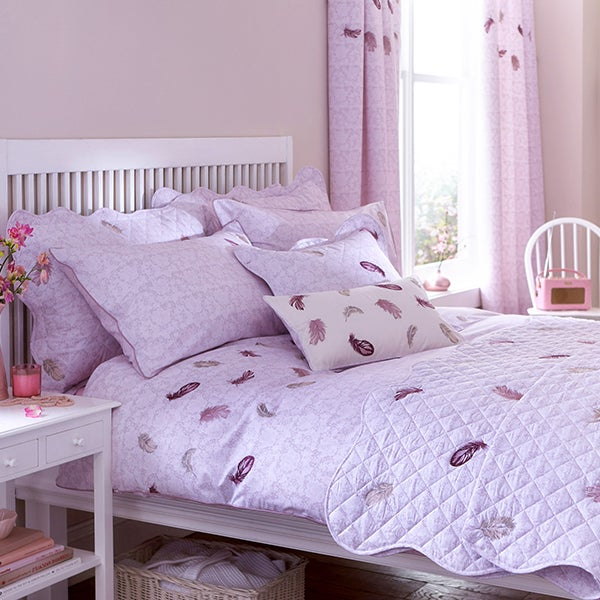 Heather Chantilly Bed Linen Collection