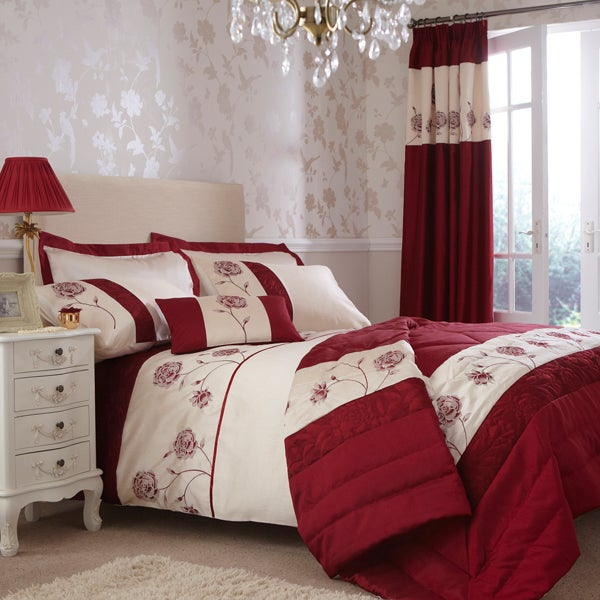 Red Quilted Rose Bedlinen Collection