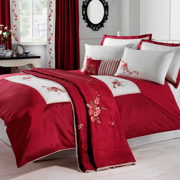 Red Lois Bedlinen Collection