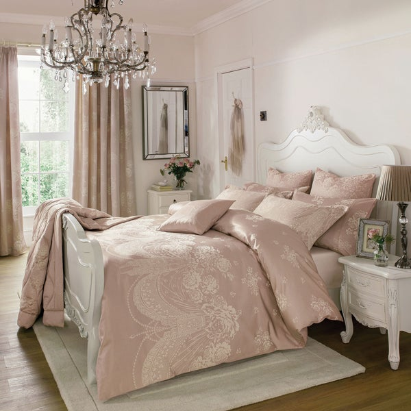 Dorma Pink Lucille Bedlinen Collection