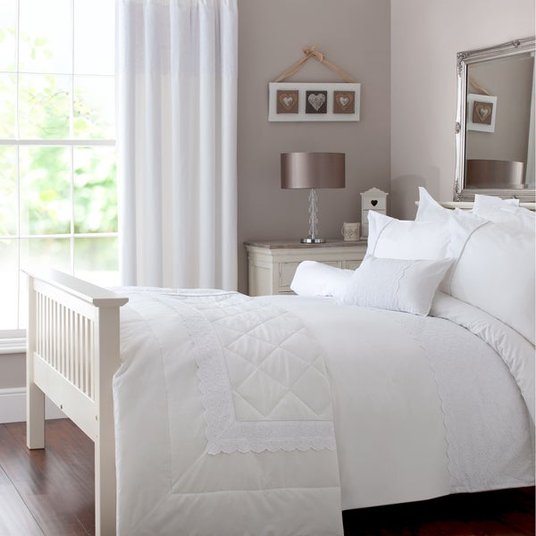 White Leighton Bedlinen Collection
