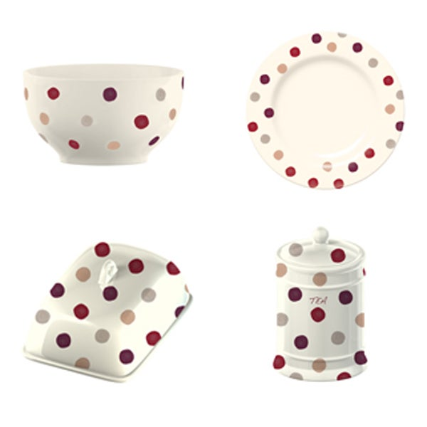 Red Country Spot Dinnerware Collection