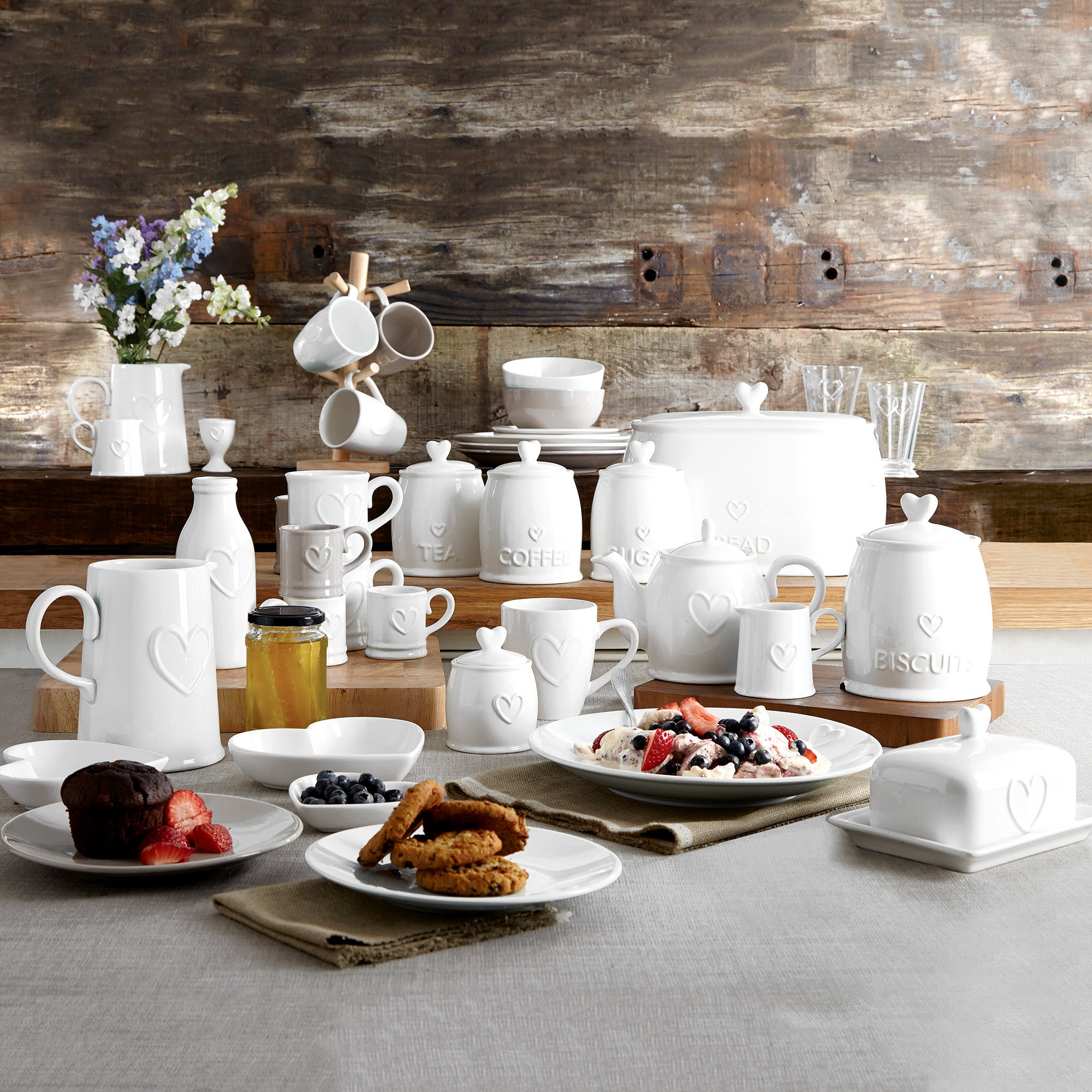 Country Heart Dinnerware Collection