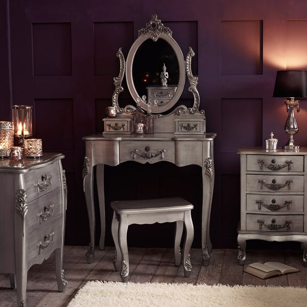 Toulouse Silver Bedroom Collection